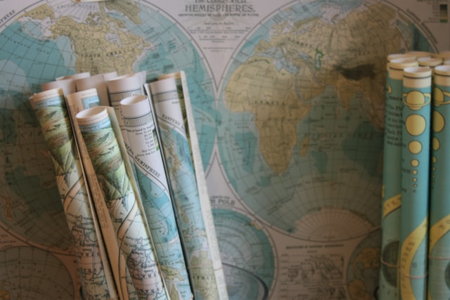 世界地図で子供の夢を広げる
