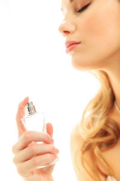 香水を活用して香りのプルースト効果を